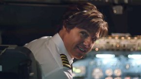 Tom Cruise back in the groove with this fine trailer for 'American Made'