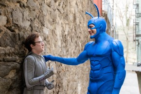 Great clip from Ben Edlund's 'The Tick' starring Peter Serafinowicz – Debuting on Amazon Prime 25 August!