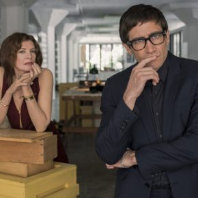 Jake Gyllenhaal leads an all-star cast in gloriously dark first trailer for 'Velvet Buzzsaw'