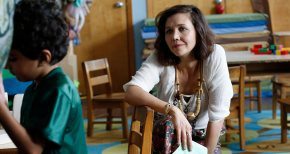 The Kindergarten Teacher review: Sara Colangelo (2019)
