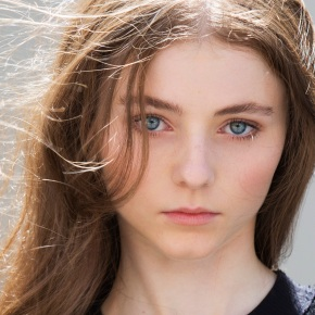 Thomasin McKenzie, Sian Clifford and James McArdle set for Life After Life, the adaptation of Kate Atkinson's novel